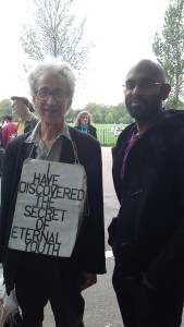 Ali Zaidi meets Howard Isenberg, Speakers Corner, London