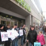 Anti-Zionist campaigners picketing a Marks and Spencer store in Dublin, Ireland